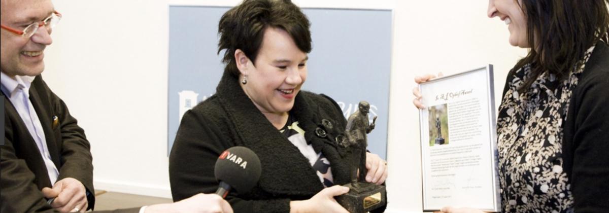 Sharon Dijksma wint Ophof Award